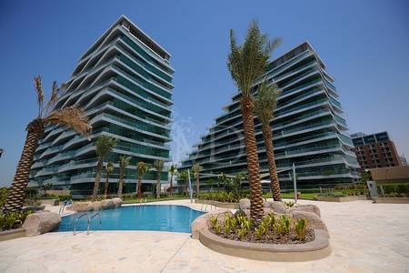 4 Bedroom Apartment for Rent in Al Raha Beach, Abu Dhabi - Seaviews from every room in this amazing