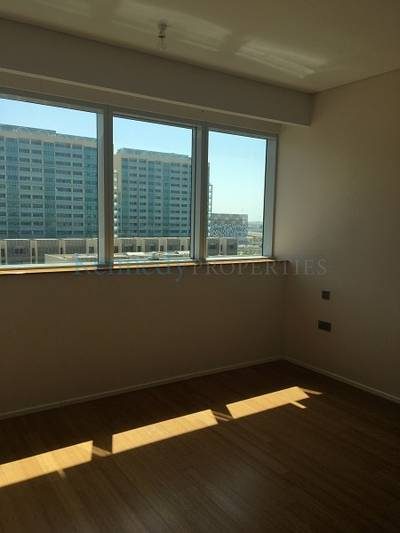1 Bedroom Flat for Sale in Al Raha Beach, Abu Dhabi - Amazing 1 bedroom Vacant  Great for enduser