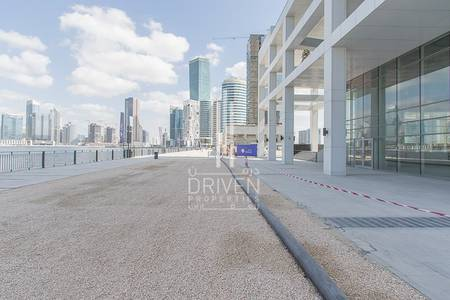 Shop for Sale in Business Bay, Dubai - Retail shop for investment w/ 9% ROI