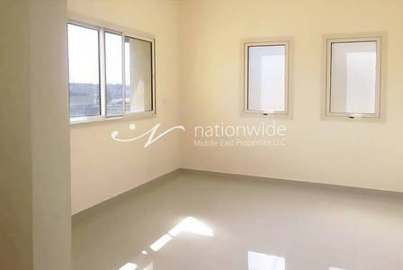 3 Bedroom Villa for Rent in Baniyas, Abu Dhabi - 3 BR Corner Villa with Maids in Baniyas!