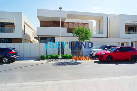 5 Bedroom Villa for Rent in Yas Island, Abu Dhabi - real price luxurious 5beds villa type t4