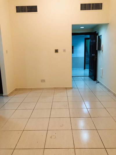 1 Bedroom Flat for Rent in Defence Street, Abu Dhabi - Clean 1bhk Available 1 washroom  Balcony  walldrop