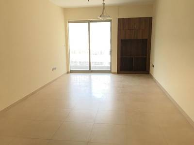 1 Bedroom Apartment for Rent in Al Nahyan, Abu Dhabi - Spacious 1 M/BR With Balcony Facilities.