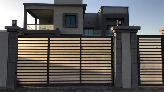 5 Bedroom Villa for Rent in Al Khawaneej, Dubai - ??? ???? ???? 5 ??? ??? ??? 290000 ?????? ???? ?????
