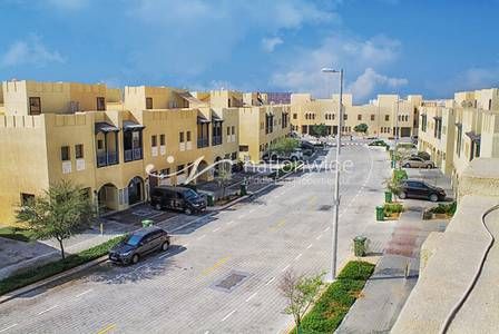 2 Bedroom Villa for Rent in Hydra Village, Abu Dhabi - Flexible Payments 2BR Villa with Balcony