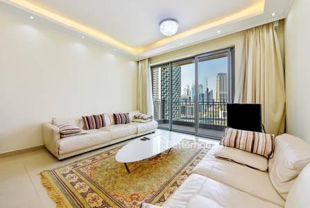 2 Bedroom Flat for Rent in Downtown Dubai, Dubai - Amazing 2 Br Apt with Burj Khalifa View