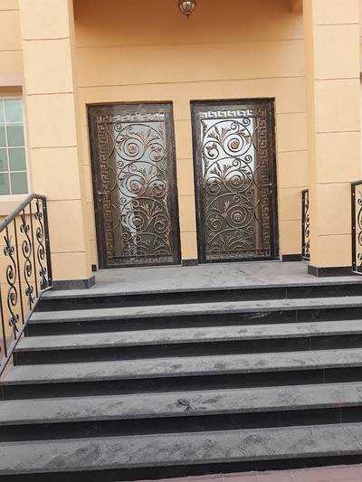 5 Bedroom Villa for Sale in Al Rawda, Ajman - Brand new Villa For Sale Luxury Finishing Classic Design A Free hold Near All Services