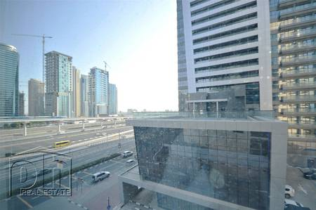 Studio for Rent in Dubai Marina, Dubai - Spacious Unfurnished Studio Chiller Free