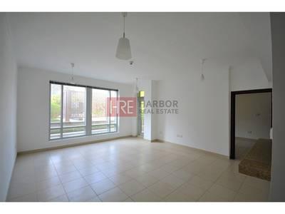 1 Bedroom Apartment for Rent in Downtown Dubai, Dubai - Spacious|Square Shape|1.5 Bath|Garden View
