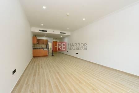 استوديو  للبيع في واحة دبي للسيليكون، دبي - Upgraded Vacant Studio with Balcony in Dubai Silicon Oasis