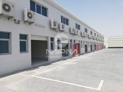 Warehouse for Rent in Mussafah, Abu Dhabi - Warehouse + office in Mussafah Industrial M-17