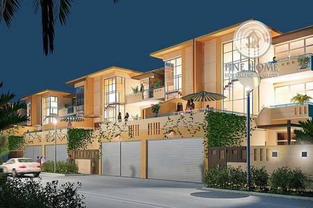 8 Bedroom Villa for Sale in Al Nahyan, Abu Dhabi - Nice 3 Villas Compound in Al Nahyan Camp