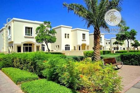 2 Bedroom Villa for Sale in Al Ghadeer, Abu Dhabi - Townhouse in Al Ghadeer