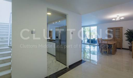 4 Bedroom Villa for Rent in Umm Al Sheif, Dubai - 4 Beds White Goods Included Vacant