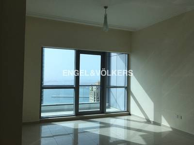 2 Bedroom Apartment for Rent in Dubai Marina, Dubai - Vacant | Sea View | High Floor | Bright.