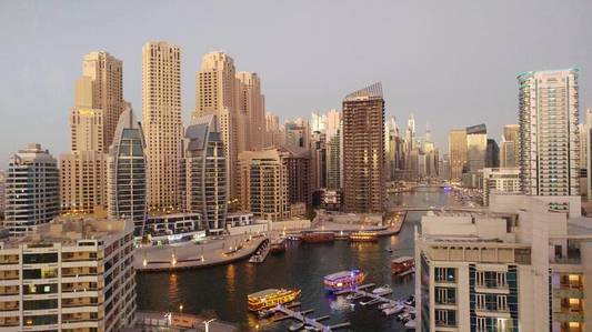 2 Bedroom Flat for Rent in Dubai Marina, Dubai - Unfurnished 2 Bedroom in Dec Tower Marina