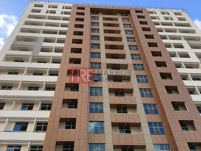 شقة 2 غرفة نوم للبيع في مدينة دبي الرياضية، دبي - Vacant 2 BR for Sale with Full Golf View