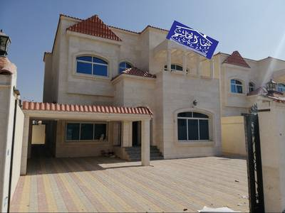 5 Bedroom Villa for Sale in Al Mowaihat, Ajman - Commercial residential villa with large areas for halls and rooms