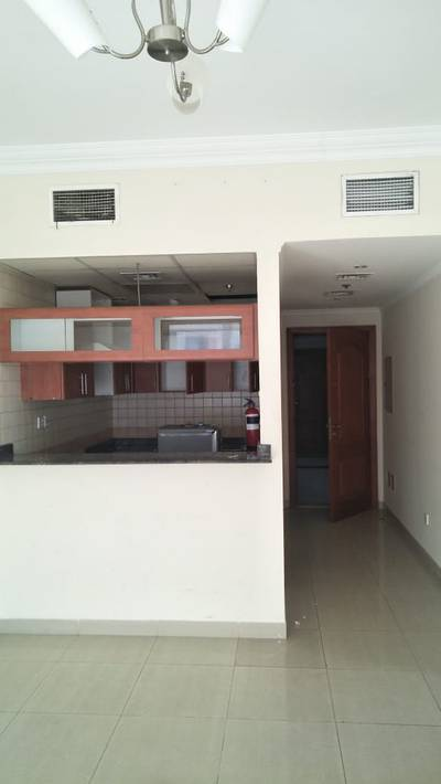 1 Bedroom Apartment for Rent in Dubai Marina, Dubai - Semi Furnished 1 Bedroom with Balcony (Partially Marina and Sheikh Zayed View)