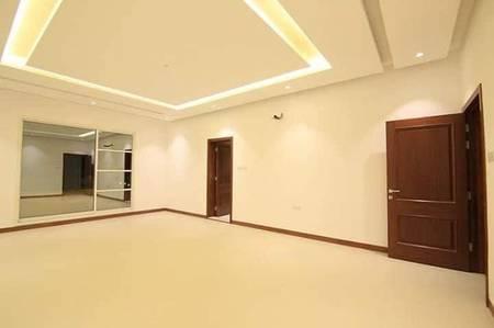 5 Bedroom Villa for Sale in Al Rawda, Ajman - Marvelous brand new villa in excellent location for sale in Ajman