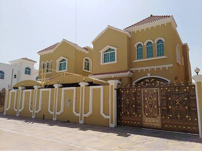 5 Bedroom Villa for Sale in Al Mowaihat, Ajman - Classic design Bronze and modern finishing for sale in Ajman