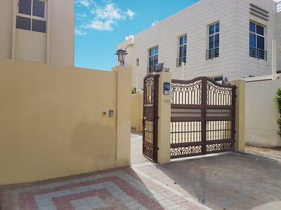 1 Bedroom Apartment for Rent in Khalifa City A, Abu Dhabi - Exactly in front of Etihad Quarters! 1 BEDROOM, 0% Commission