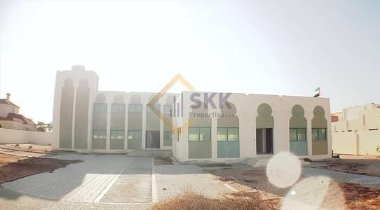 5 Bedroom Villa for Rent in Al Bahia, Abu Dhabi - Pvt. Entrance 5+M villa 3 Majlis+Driver 