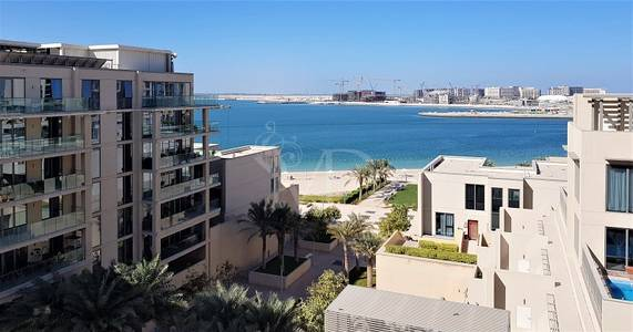 2 Bedroom Apartment for Sale in Al Raha Beach, Abu Dhabi - Sea views from all rooms? Sure