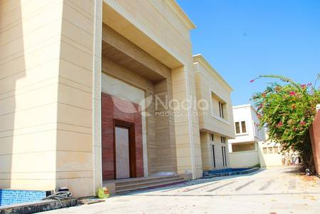 8 Bedroom Villa for Rent in Emirates Hills, Dubai - 8 Bedrooms Luxury Home - Sector E | Emirates Hills