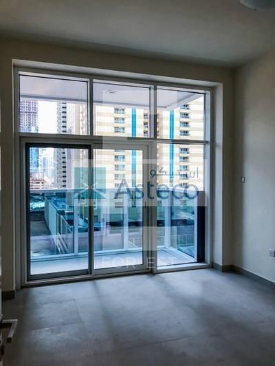 2 Bedroom Flat for Rent in Dubai Marina, Dubai - Large 2BR with Marina View  Marina Arcade