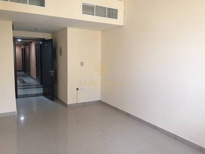 1 Bedroom Flat for Rent in Al Taawun, Sharjah - Huge and Bright 1BR | Covered Parking in 12 Cheqs | Al Taawun