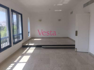 3 Bedroom Flat for Rent in Al Manaseer, Abu Dhabi - Low rise building