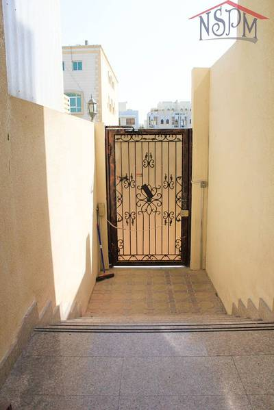 1 Bedroom Apartment for Rent in Al Zahraa, Abu Dhabi - Awesome 1 B/R! Good location! Direct from owner