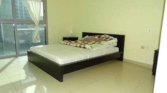1 Bedroom Apartment for Rent in Dubai Marina, Dubai - Partially Furnished and Spacious 1 bedroom for RENT