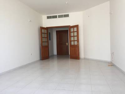 3 Bedroom Apartment for Rent in Electra Street, Abu Dhabi - SUPER 3-BHK AVAILABLE FOR RENT IN ELECTRA STREET
