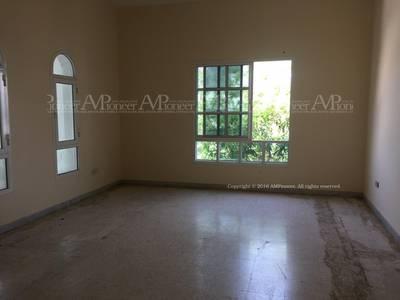 11 Bedroom Villa for Rent in Al Karamah, Abu Dhabi - 13-Bedrooms Villa Available for Rent in Karama'