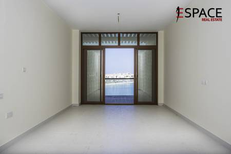 Studio for Rent in Palm Jumeirah, Dubai - Grab the Deal | Sea and Marine Views | Unfurnished