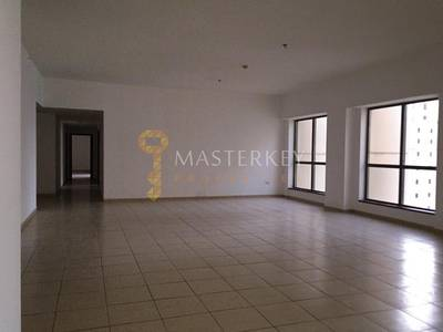 3 Bedroom Apartment for Rent in Jumeirah Beach Residence (JBR), Dubai - Very Spacious Sea View APT with Maids room