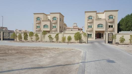 2 Bedroom Flat for Rent in Khalifa City A, Abu Dhabi - awesome two bed rooms in class compound in khalifa city A