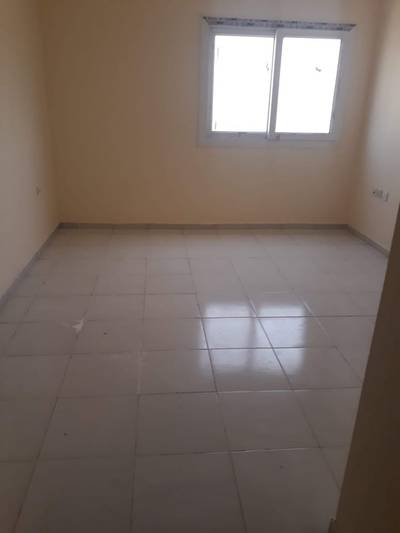 Studio for Rent in Muwailih Commercial, Sharjah - Specious studio apartment with saprate kitchen just 14k in muwailah sharjah