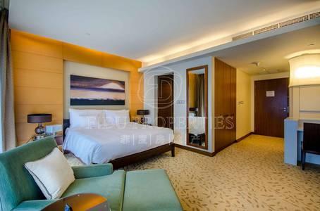 Studio for Rent in Downtown Dubai, Dubai - Exclusive lavish studio with amazing view
