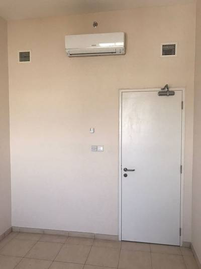 Labour Camp for Rent in Dubai Investment Park (DIP), Dubai - Dip 6 Person Capacity Room AED 3100 Including All