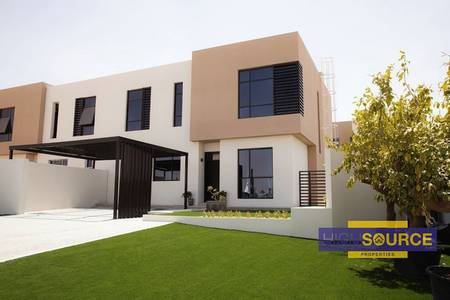 3 Bedroom Townhouse for Sale in Al Tai, Sharjah - Luxury Villas down payment only 45000Dhs