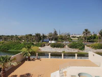 4 Bedroom Villa for Rent in Jumeirah Park, Dubai - Opp jum island lake view 4 BR  with pool