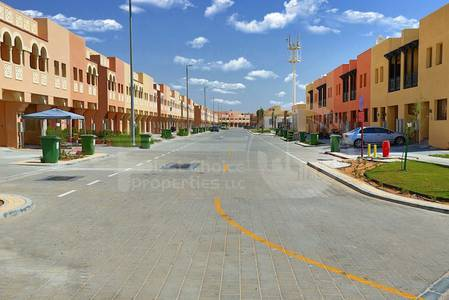 2 Bedroom Villa for Rent in Hydra Village, Abu Dhabi - Vacant Unit.Comfy and Beautiful community.
