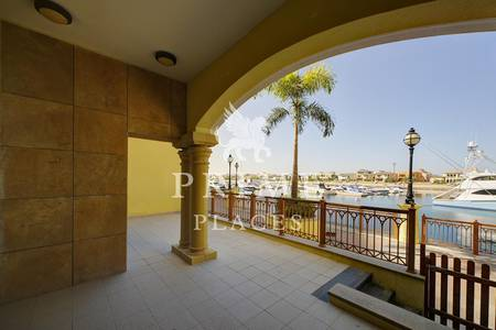 3 Bedroom Flat for Rent in Palm Jumeirah, Dubai - Vacant| Larger layout with full Sea view