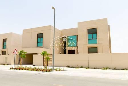 6 Bedroom Villa for Sale in Meydan City, Dubai - Lowest price for a 6 Bed Villa in Millenium Estates Meydan