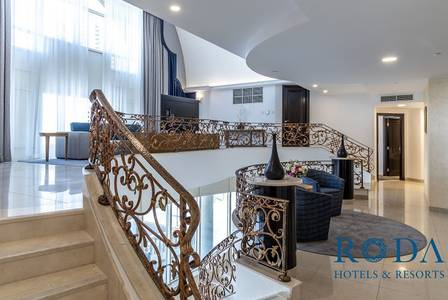 4 Bedroom Penthouse for Rent in Downtown Dubai, Dubai - Large Private Pool|Burj Khalifa View|Bills Included