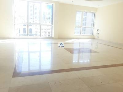 3 Bedroom Flat for Rent in Hamdan Street, Abu Dhabi - Nice 3 BHK