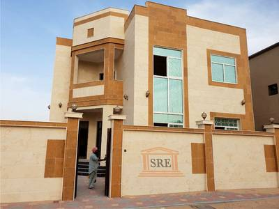 5 Bedroom Villa for Sale in Al Rawda, Ajman - For sale a villa consisting of two floors in Ajman